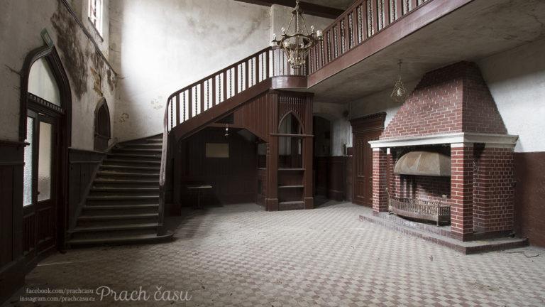 Vila/Palác 1915 (PL)