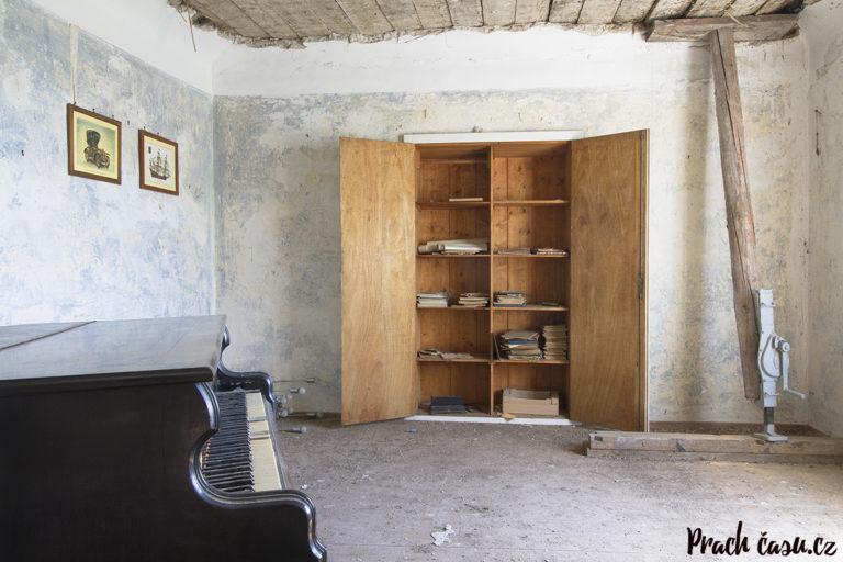 Dům milovníka starých aut a klasické hudby (AT)
