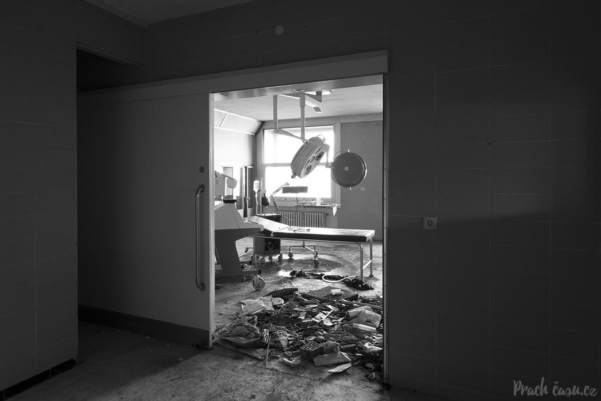 nemocniceblood_07