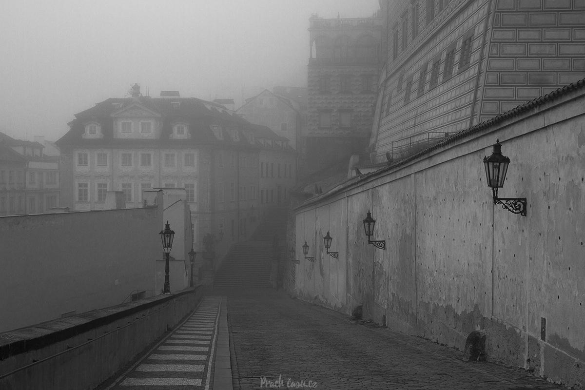 Cesta na Pražský hrad z Nerudovky