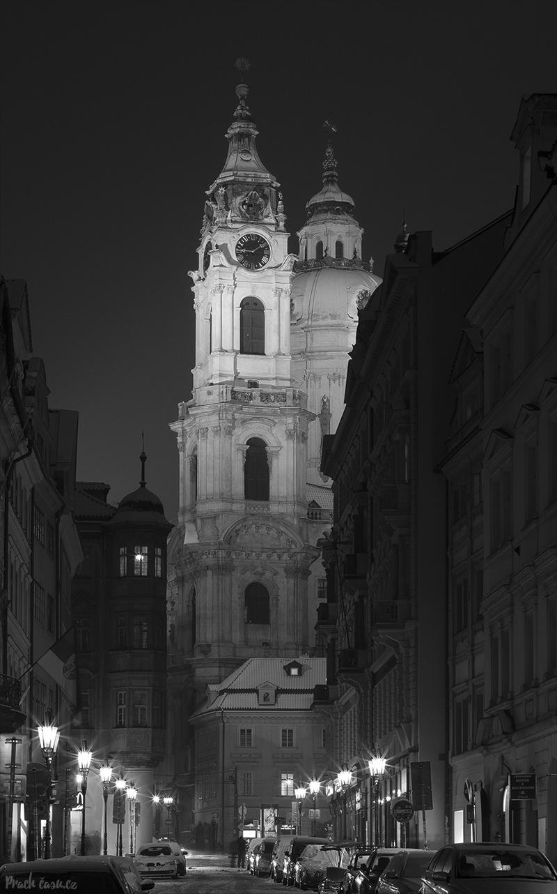 Kostel sv. Mikuláše v zimě